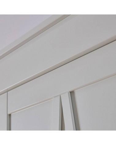 Détail armoire 3 portes blanche Marie dans une chambre