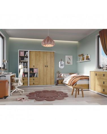 Chambre complète de la collection MASSI avec lit, commode, table de chevet, armoire et bureau.